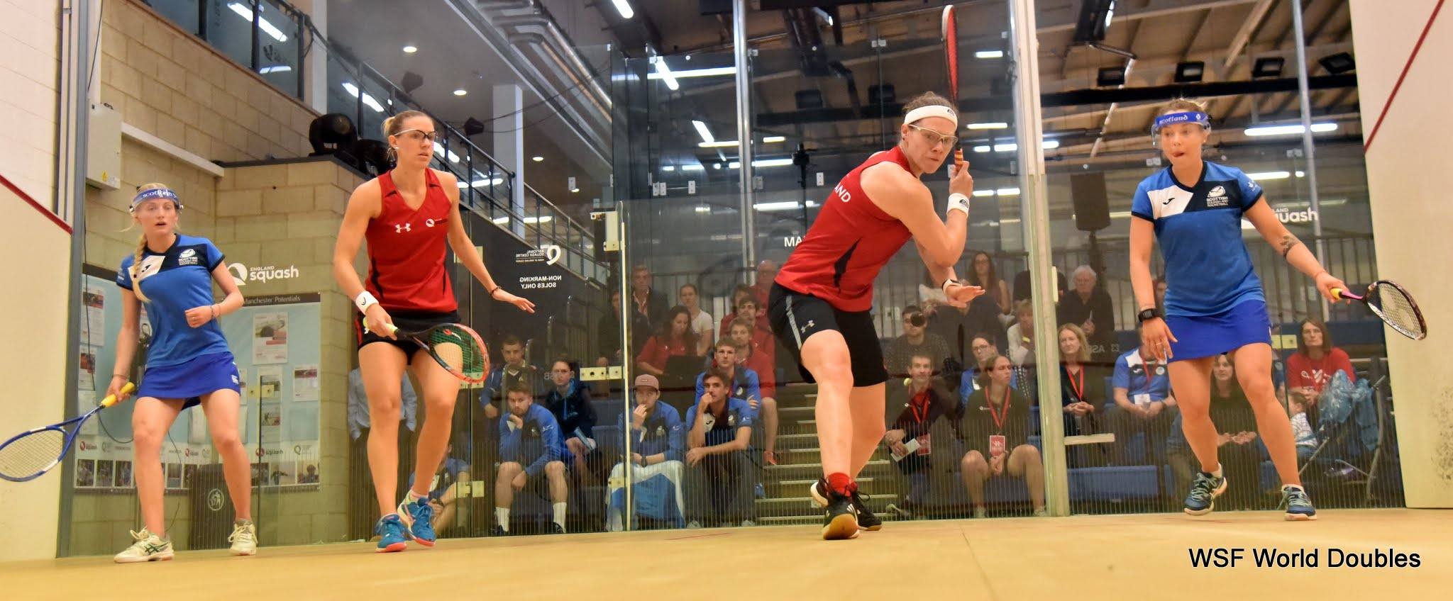 Clyne and Lobban ease into quarter-finals - Day 1 round-up
